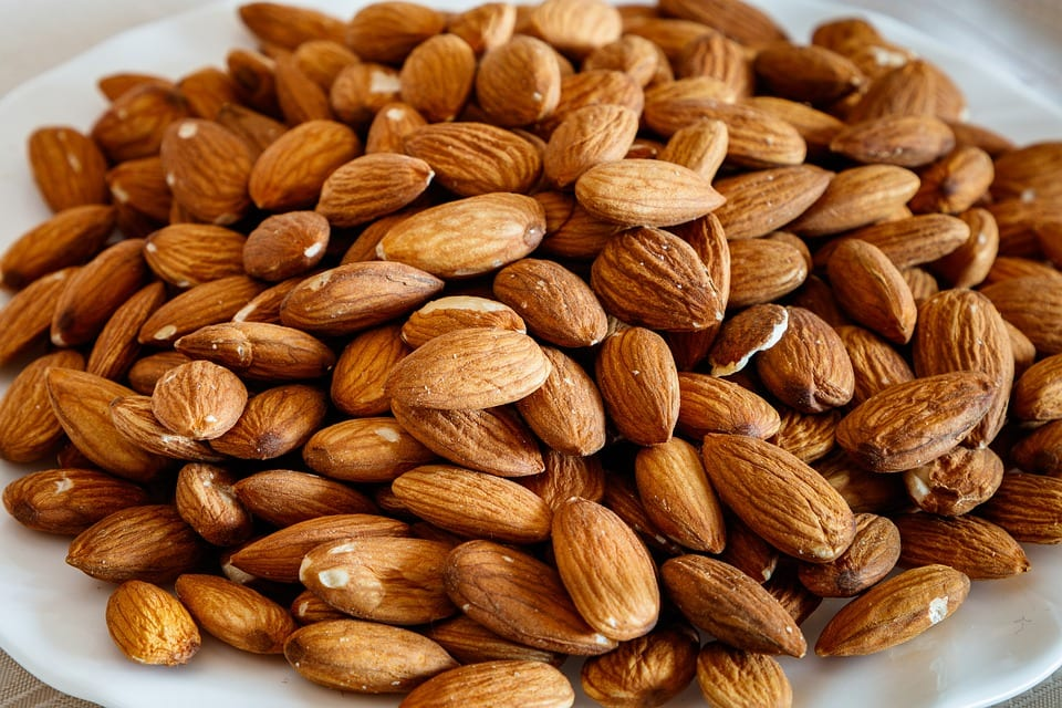 9 Nuts to Eat for Better Health