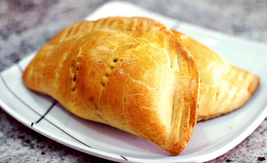 Step by Step on How to Make Delicious Homemade Meat Pie